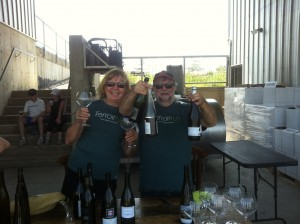 Peter Fleming & Diane Rheaume serve up our runners wine (and enjoy some themselves)